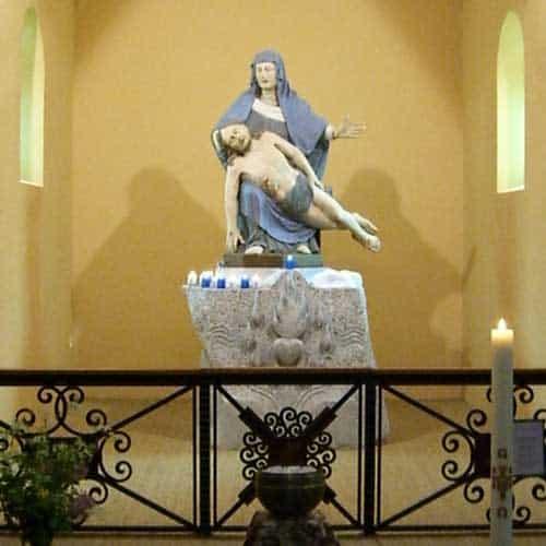 Pieta--far